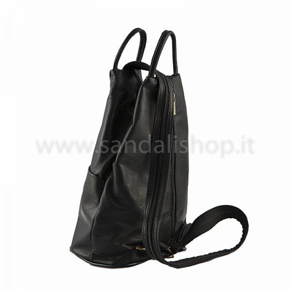 borse-pelle-zaino-donna-trasformabile-nero-3