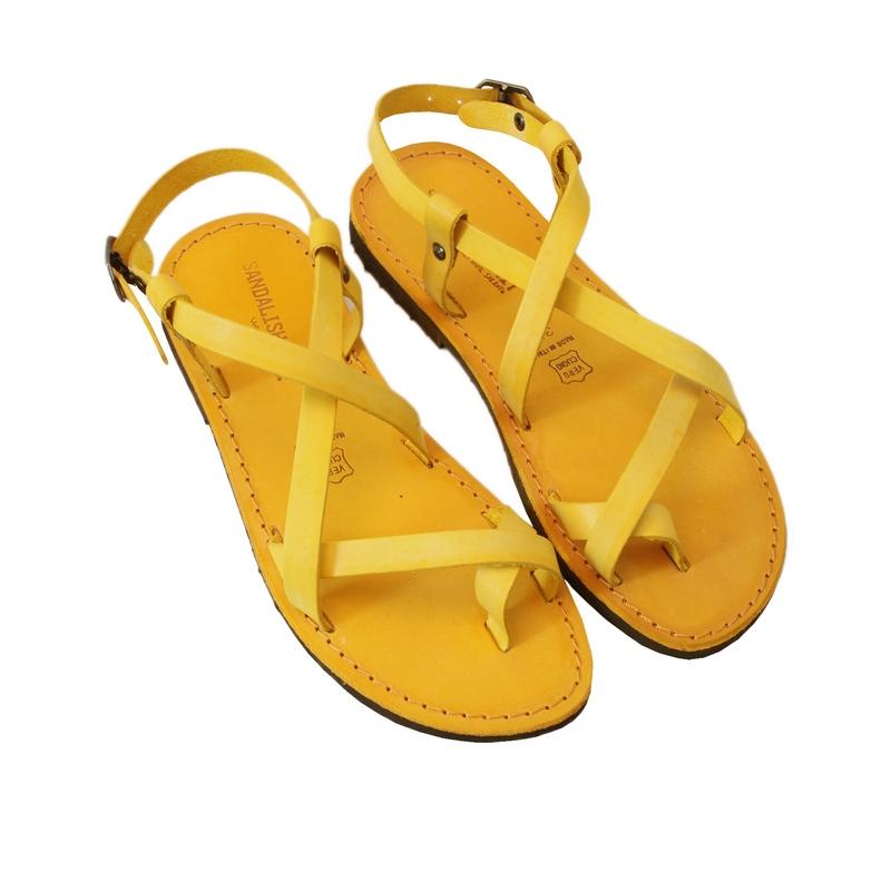 Sandalo chiuso dietro Melpignano giallo da donna